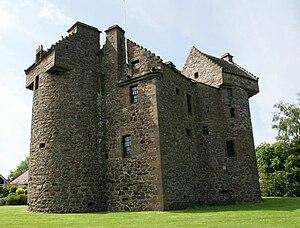 Claypotts castle 01