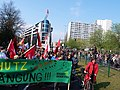 """Climate protection banner at the """"Mietenwahnsinn Stoppen!"""" Demonstration in Berlin in April 2018 04.jpg"""