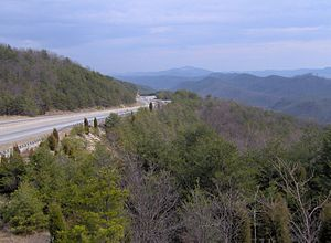 Clinch Mountain - US-25E descending the south slope of Clinch Mountain