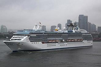 Coral Princess - Image: Coral Princess (ship, 2002) 001