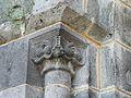 Cros (63) église portail chapiteau.JPG