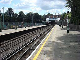 Croxley tube station 003