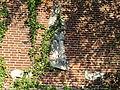 Cuijk - Reliëf van Sint Aloysius Gonzaga gemaakt door Gerard Bruning op de wand van Kunstencentrum Meander (voormalige peuterspeelzaal).jpg