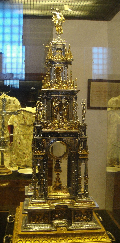 Custodia procesional de Fuente Obejuna - Wikipedia, la