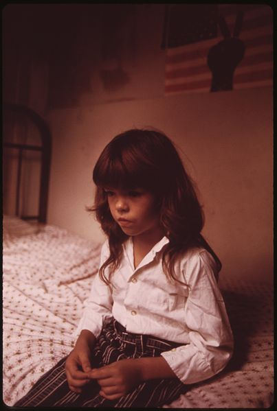 File:DIANE WATKINS, 9, IN BEDROOM OF HER FAMILY'S HOUSE IN MULKY SQUARE. DIANE IS ONE OF THE NINE CHILDREN OF A BISCUIT... - NARA - 553532.jpg