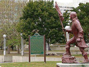 Philip A. Hart Plaza - Antoine de la Mothe Cadillac Statue