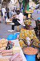 Dakar venditrice di arachidi.jpg