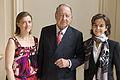 Daniel Tribouillard et ses deux filles, Virginie et Nathalie.jpg