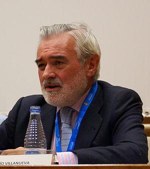 Darío Villanueva - Villanueva in a round table discussion at the 2011 Valladolid International Film Festival