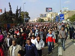 Flera doda pa arsdagen av tahrir upproret