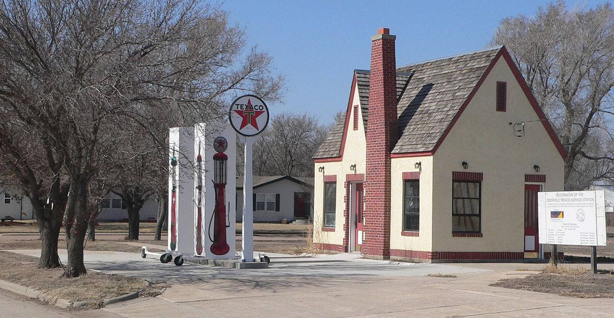 Deerfield Texaco Service Station Wikipedia