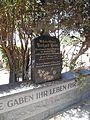 Denkmal Sie gaben Ihr Leben Für Dich auf dem Deutschen Friedhof in Swakopmund2.jpg
