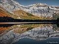 Derborence lake - symmetry.jpg