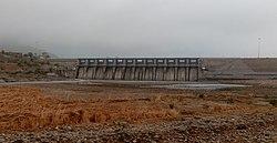 Dharoi dam 04 (cropped).jpg