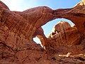 Double Arch, Arches (29631136915).jpg