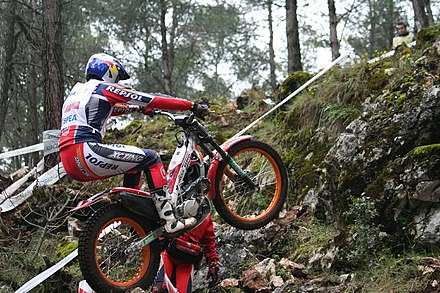 Dougie Lampkin at the Spanish round in 2007 Dougie Lampkin 2007FIM R1a.jpg