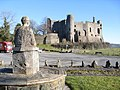 Dylan admires ....... the medieval Laugharne castle - geograph.org.uk - 1708250.jpg