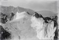 ETH-BIB-Cima della Bondasca, Gletschefirn v. N. W. aus 3500 m-Inlandflüge-LBS MH01-003760.tif