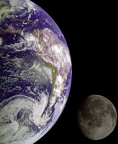 Earth and Moon - GPN-2000-001437.jpg