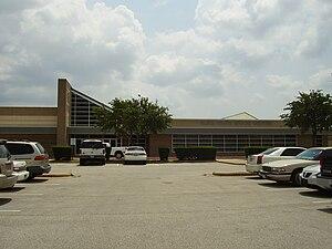 Alief Elsik High School - Image: Elsik 9th Grade Houston