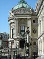 Entrée Ouest de l'Opéra Garnier, Paris 2009.jpg