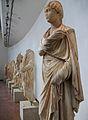 Estàtues procedents del nimfeu, Museu Arqueològic d'Olímpia.JPG