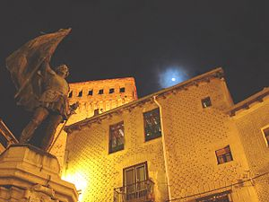 Estatua de Juan Bravo en Segovia (Pza. Medina del Campo).jpg