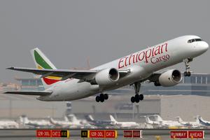 Ethiopian Airlines Boeing 757-200PCF ET-AJX DXB 2009-11-16.png