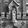 exterieur brouwerijgedeelte, heiligenbeeld boven ingangspartij - berkel-enschot - 20001145 - rce