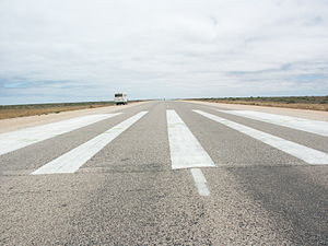 Eyre Highway - Royal Flying Doctor Service emergency airstrip