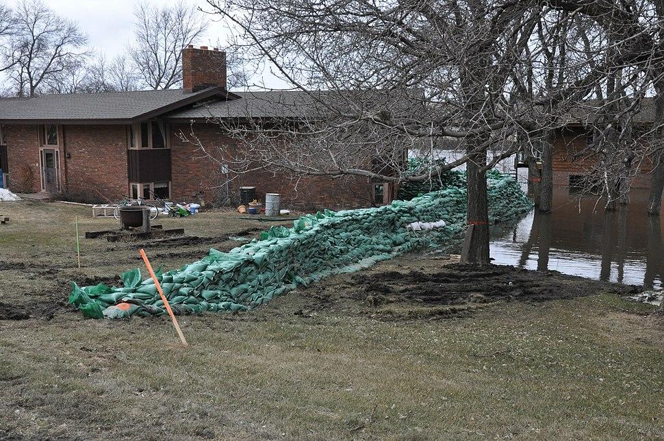 FEMA - 40653 - Sand Bag Levee in a North Dakota neighborhood
