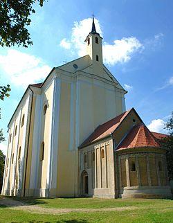 Ferences templom és kápolna Búcsúszentlászló.jpg