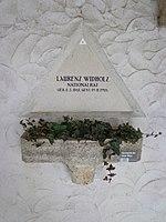 Feuerhalle Simmering - Arkadenhof (Abteilung ALI) - Laurenz Widholz 01.jpg