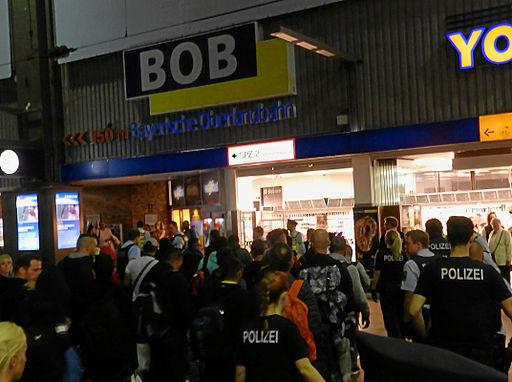 Flüchtlingsankunft in München B