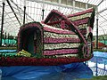Floral Boat model from Lalbagh flower show Aug 2013 8445.JPG