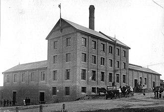 Murray Bridge, South Australia - Flour mill at Murray Bridge East, 1920