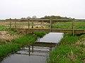 Footbridge, Laughton Level - geograph.org.uk - 152378.jpg