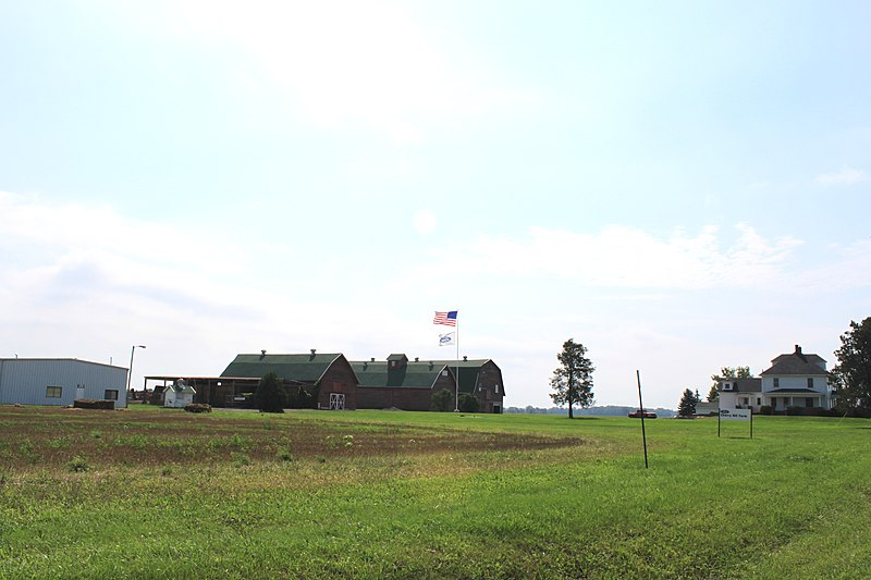File:Ford Cherry Hill Farm, Gottfredson Road north of Vreeland Road, Superior Township, Michigan - panoramio.jpg