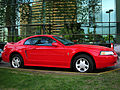 Ford Mustang 2000 (9694279083).jpg
