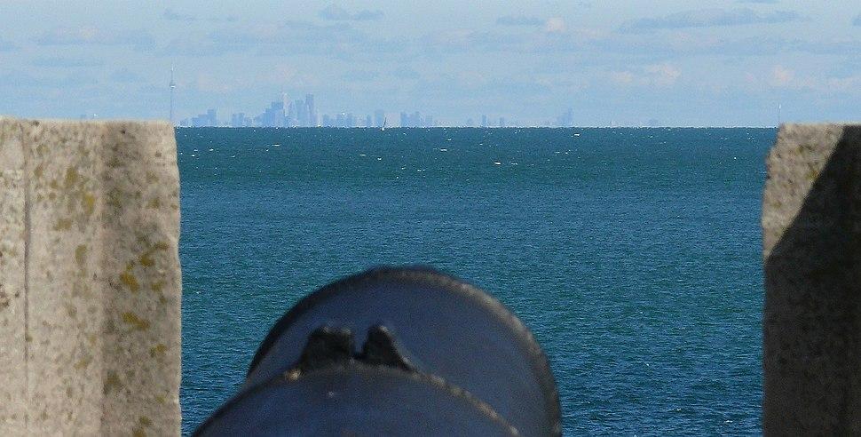Fort Niagara aiming at Toronto