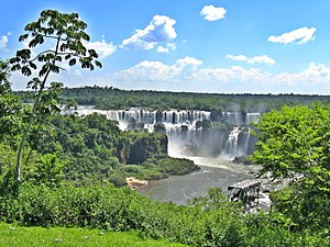 Foz do Iguacu by Marcio Lima 2.jpg