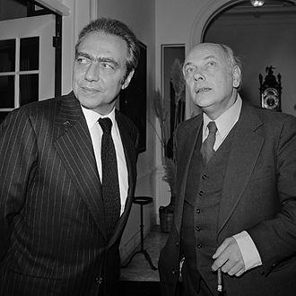 Joop den Uyl - President of the European Commission François-Xavier Ortoli and Prime Minister Joop den Uyl at the Catshuis op 22 October 1973.