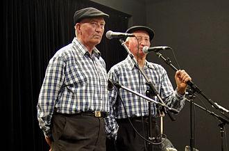 Frères Morvan - Frères Morvan in fest-noz on May 2010