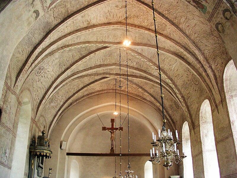 Gamla Uppsala kyrka-Ceiling in nave.jpg