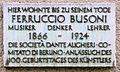 Gedenktafel Viktoria-Luise-Platz 11 (Schö) Ferruccio Busoni.JPG