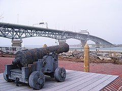 George P. Coleman Bridge from Yorktown, 2014-03-19, 01.jpg