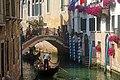 Gondola Venezia 06 2017 2760.jpg