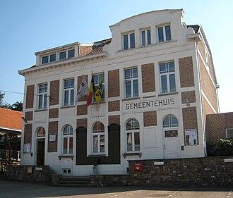 Gooik - Image: Gooik Gemeentehuis 5045