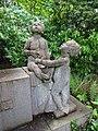 Grabstätte Pick-Bernau - Kinderskulpturen Nordfriedhof Düsseldorf.jpg
