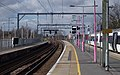 Grays railway station MMB 01 357045.jpg